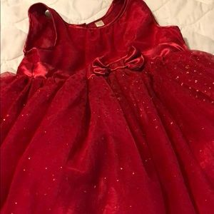 Beautiful red sparkly dress!!